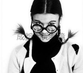 高度近视眼镜框_高度近视配眼镜要注意什么_眼镜百科_成都优优眼镜官方网
